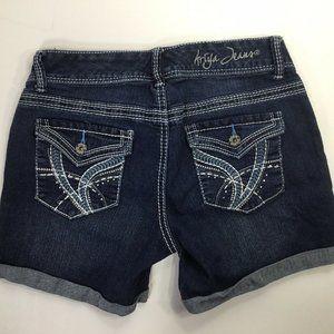 Ariya~Maui~Jean Shorts~Stretch~Flap Pockets~Cuffed